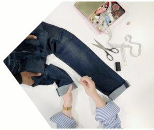 jean retouche client et couturier retouche de vetements ciseaux et couture fait main
